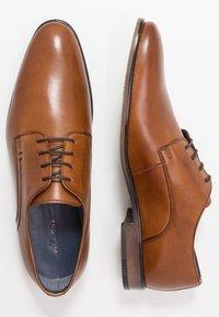 Pier One - Elegantní šněrovací boty - cognac - 1