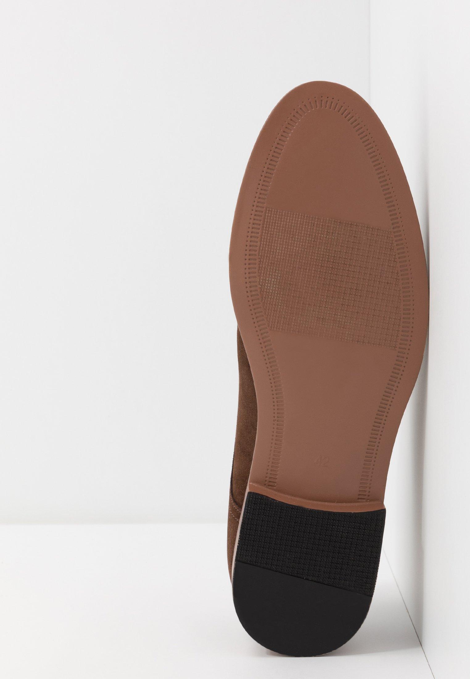Pier One Zapatos con cordones - dark brown