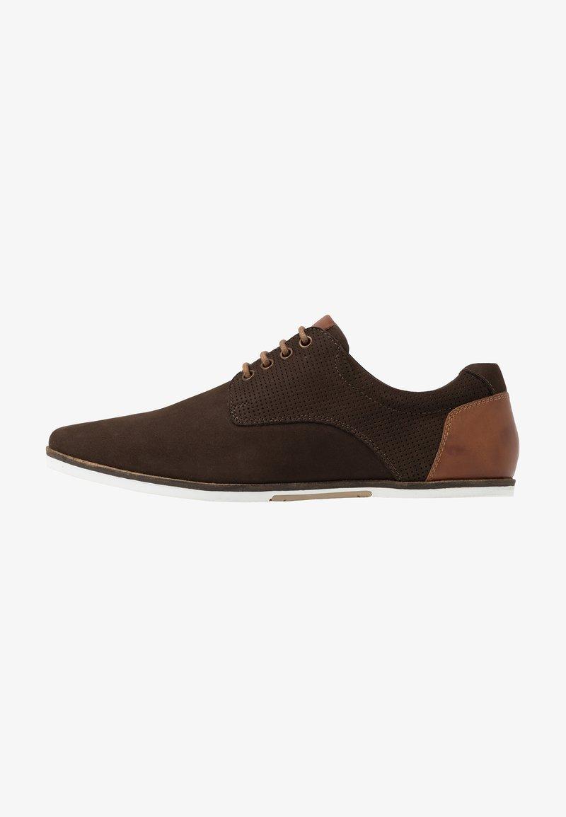 Pier One - Volnočasové šněrovací boty - brown