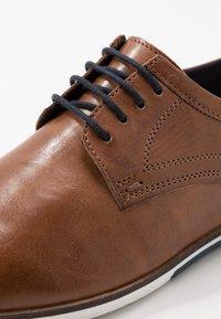 Pier One - Zapatos de vestir - cognac - 5