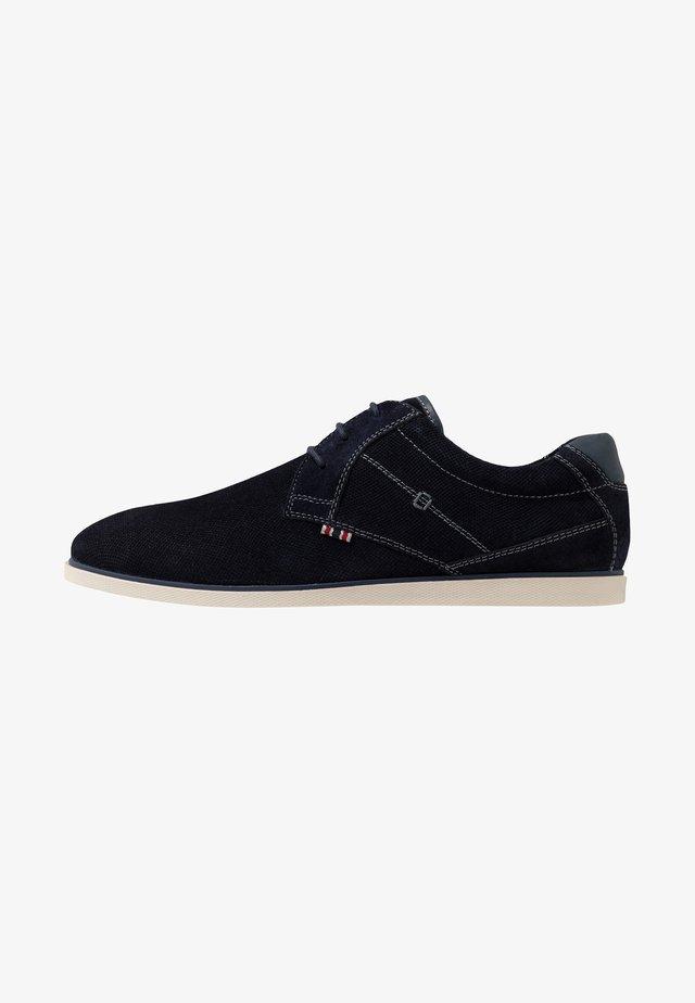 Sporty snøresko - dark blue