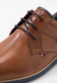 Pier One - Casual lace-ups - cognac - 5