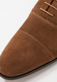 Pier One - Veterschoenen - cognac - 5