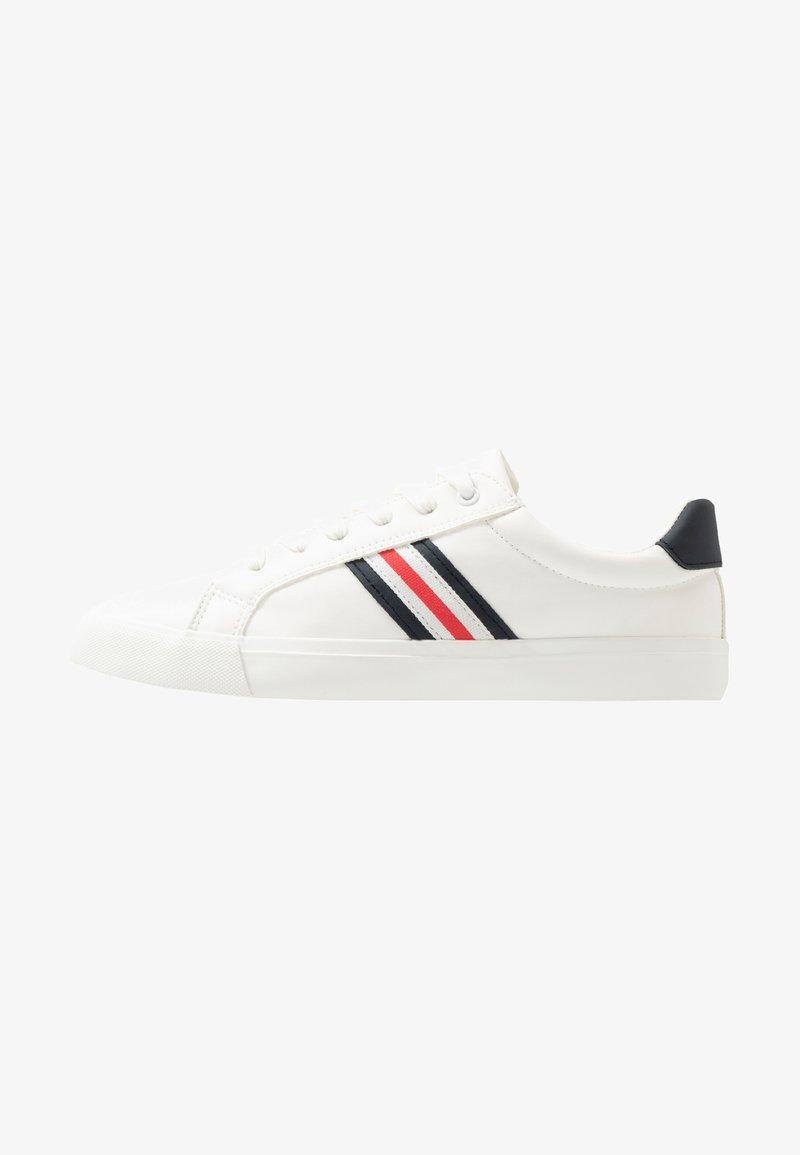 Pier One - Sneakersy niskie - white
