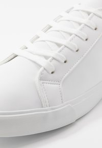 Pier One - Sneakers - white - 5