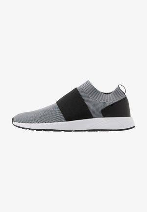 Nazouvací boty - grey