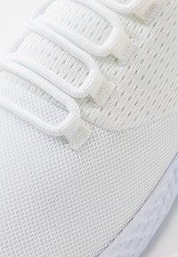 Pier One - Sneakersy niskie - white - 5