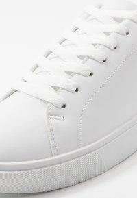 Pier One - Tenisky - white - 5