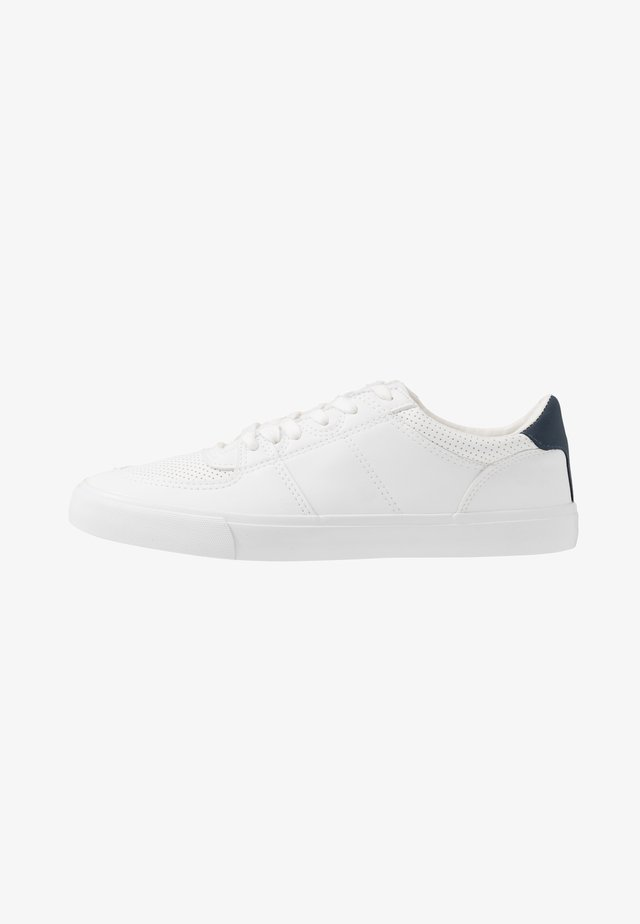 Sneakers - white/dark blue