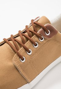 Pier One - Trainers - yellow - 5