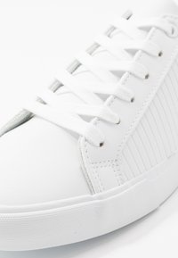 Pier One - Sneakers laag - white/grey - 5