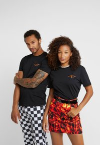 Pier One - UNISEX - T-shirts print - black - 4