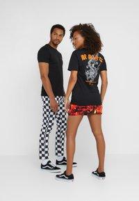 Pier One - UNISEX - T-shirts print - black - 2