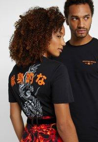 Pier One - UNISEX - T-shirts print - black - 0