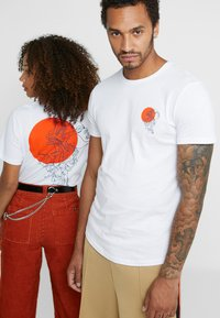 Pier One - UNISEX - Print T-shirt - white - 0
