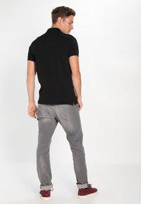 Pier One - Poloshirt - black - 2