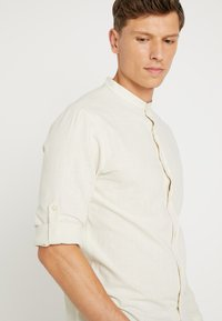 Pier One - Shirt - beige - 5