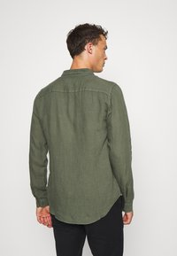 Pier One - Shirt - olive - 2