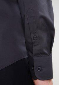 Pier One - Formal shirt - dark grey - 4
