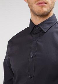 Pier One - Formal shirt - dark grey - 3