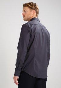 Pier One - Formal shirt - dark grey - 2