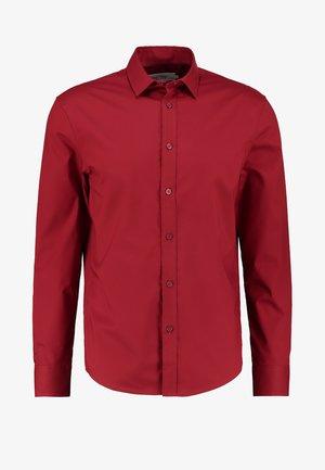 Kostymskjorta - red