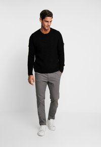 Pier One - Chinos - grey - 1