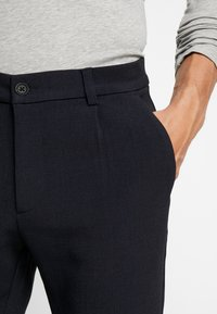 Pier One - Pantalones - dark blue - 5