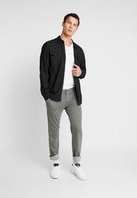 Pier One - Kalhoty - mottled grey - 1