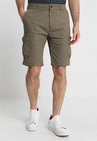 Pier One - Shorts - oliv - 0