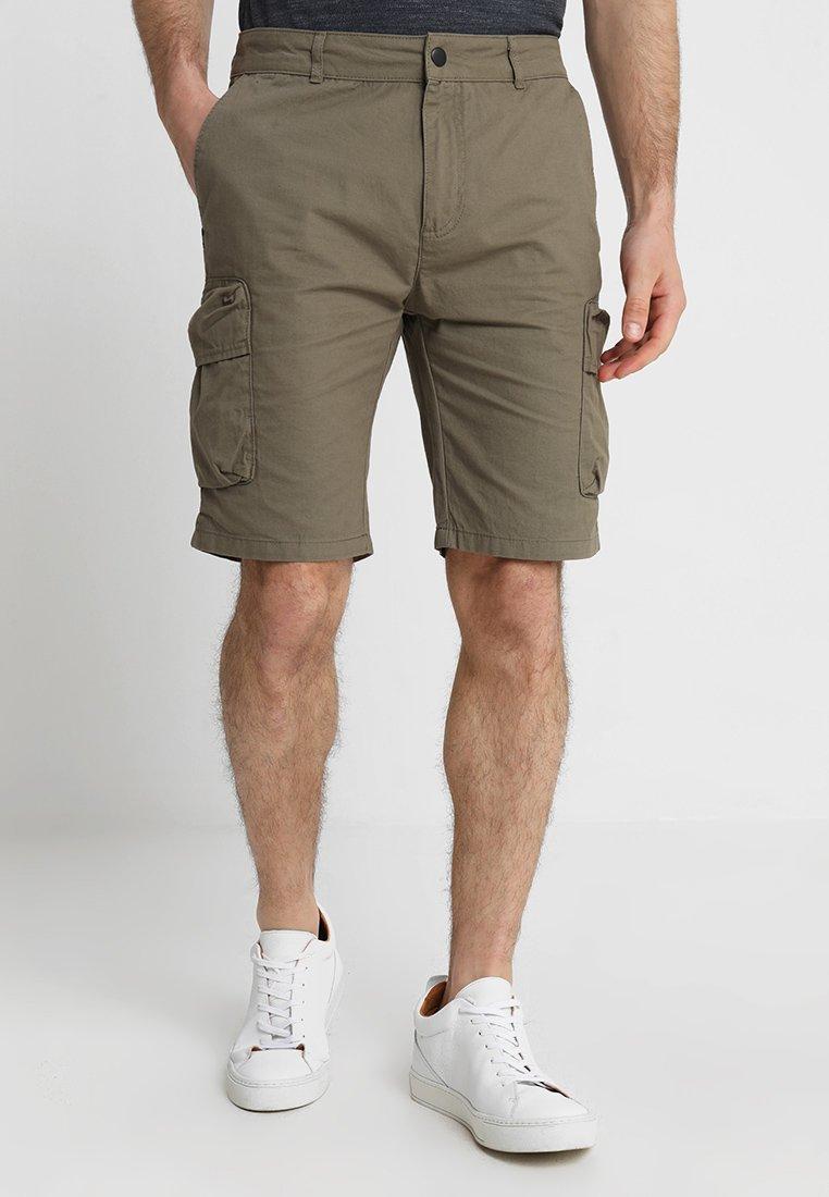 Pier One - Shorts - oliv