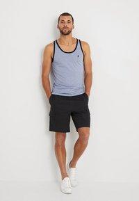Pier One - Shorts - schwarz - 1