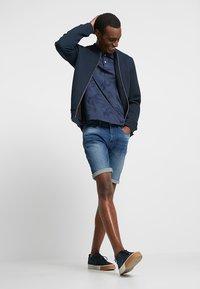 Pier One - Szorty jeansowe - blue denim - 1