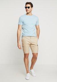 Pier One - Shorts - beige - 1