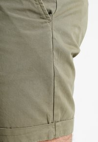 Pier One - Shorts - olive - 3