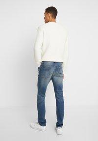 Pier One - Slim fit jeans - dirty denim - 2