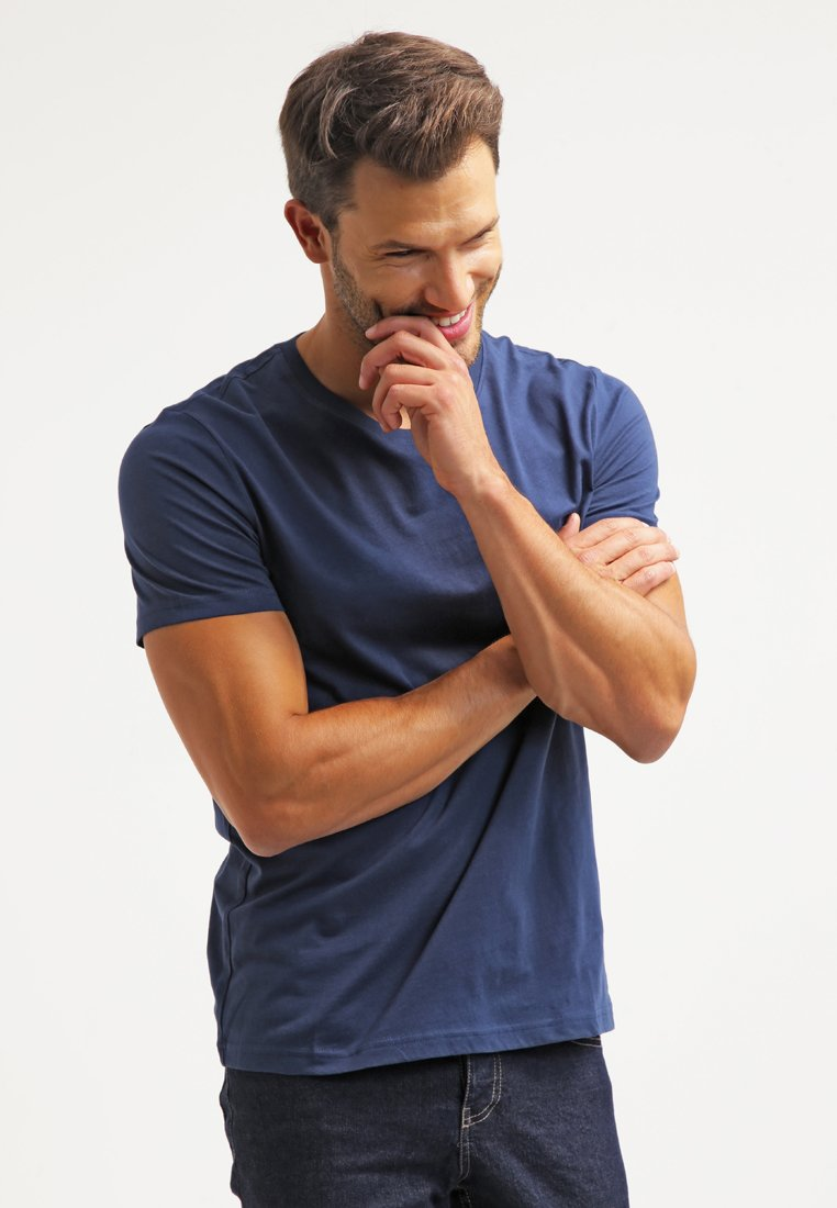 Pier One - Basic T-shirt - dark blue