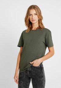 Pier One - Camiseta básica - khaki - 3
