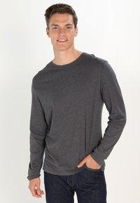 Pier One - Camiseta de manga larga - dark grey melange - 0