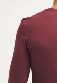 Pier One - Langarmshirt - bordeaux - 4