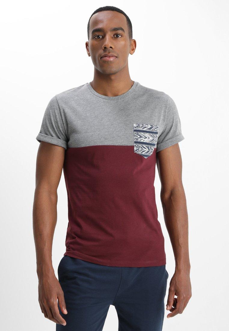 Pier One - Print T-shirt - bordeaux