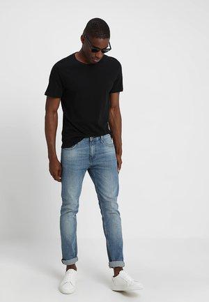 5 PACK  - Jednoduché triko - black