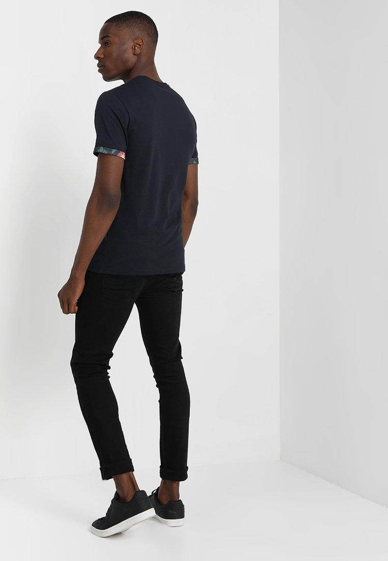 One shirt ImpriméDark Blue T Pier Tlc13KJF