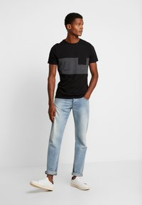 Pier One - T-Shirt print - black - 1