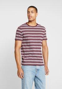Pier One - T-shirt print - bordeaux - 0