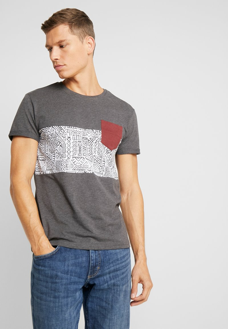 Pier One - T-shirt med print - mottled dark grey