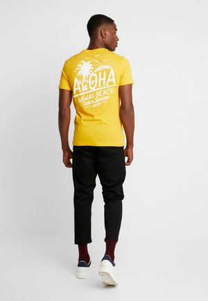 TEE GONE TROPO - T-shirt print - yellow