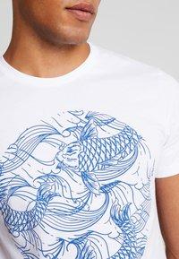 Pier One - T-shirt med print - white - 5