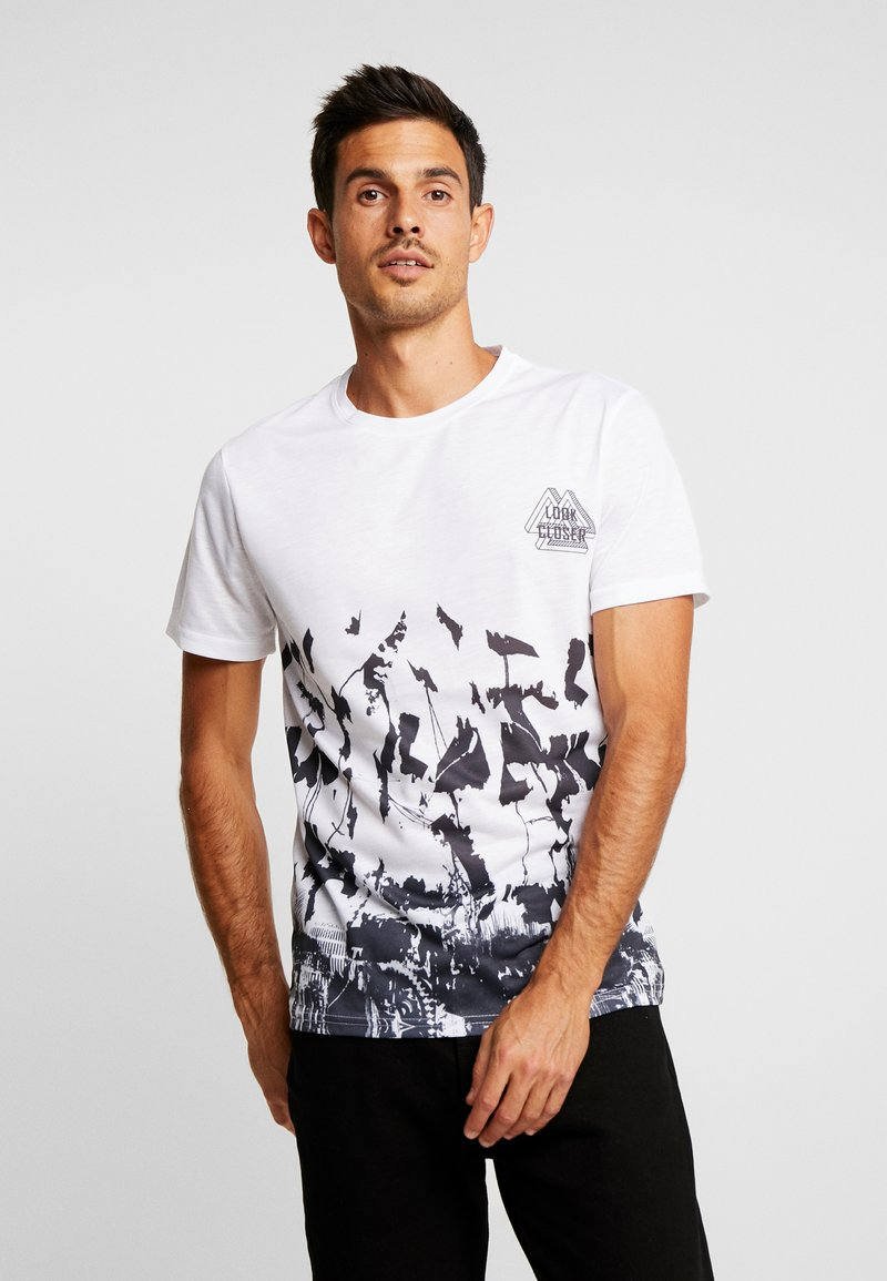 Pier One - SUBLIMATION BOTTOM - Print T-shirt - white