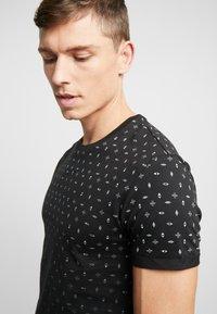 Pier One - T-shirt imprimé - black - 4